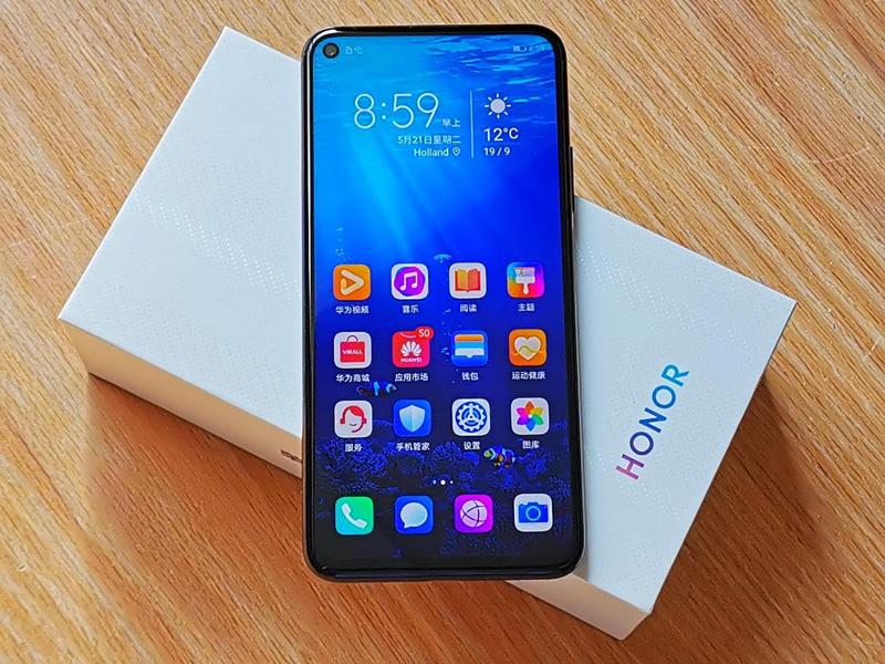 嫌新机太贵?这几款2019年旗舰手机现在更值得买! 2